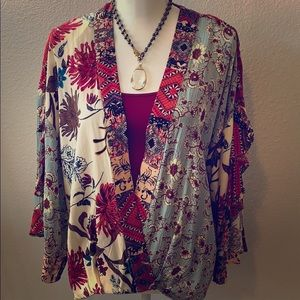 Multi-pattern blouse (deep V, slit bell sleeves)